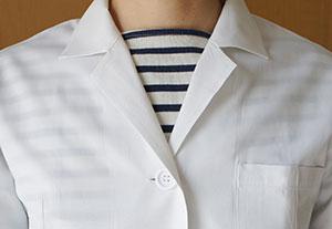 一般の白衣のすけ具合